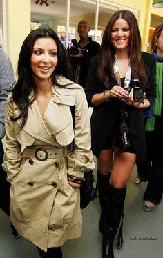 kim kardashian -NICE TRENCH COAT
