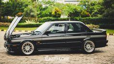 1991 BMW M40-E30 with 4.6l V8 engine