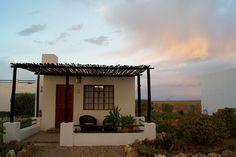 Big five Safari close to Cape Town. Inverdoorn and Iziba Safari Lodge. Game Reserve, Luxury Accommodation, Cape Town, Safari, Pergola, Outdoor Structures, Outdoor Decor, Home Decor, Decoration Home