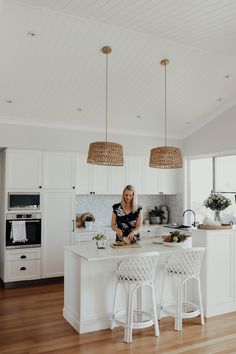 Hamptons Kitchen reveal! | A House Full of Sunshine