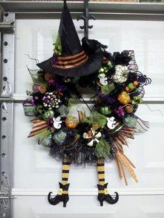 halloween+wreaths   Halloween Witch Wreath   Wreaths