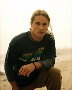 younger travis fimmel is exactly how I picture Dothan Reed in DIVINE FALL #YA #Romance