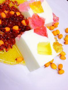Jelly yogurt με αρωματικό σιρόπι απο ιπποφαές