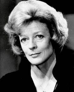 British Actresses, Actors & Actresses, Maggie Smith Young, Companion Of Honour, Judi Dench, Celebs, Celebrities, Queen Elizabeth Ii, Downton Abbey