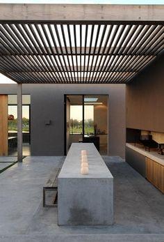 Upper Kitchen Patio - Outdoor Kitchen Bar area