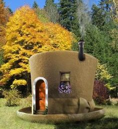 20 strange and unusual homes on the market  | ... you seen these weird houses around the world look at this weird house