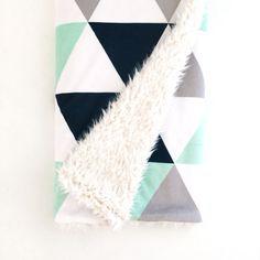 Baby Blanket Navy  Mint Triangles. The Cloud Blanket. by Iviebaby
