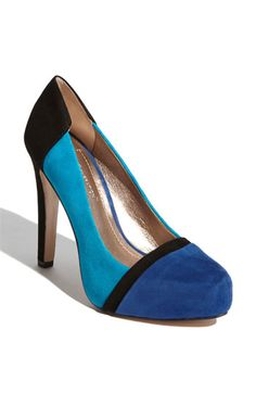 BCBGeneration 'Perries' Pump