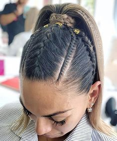2019 braiding hair trends Which braid do you like the most? Cool Braid Hairstyles, Baddie Hairstyles, Pretty Hairstyles, Girl Hairstyles, Medium Hair Styles, Natural Hair Styles, Short Hair Styles, Girls Braids, Braids For Long Hair
