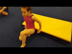 Core Strength Warm-up Preschool Gymnastics, Boys Gymnastics, Tumbling Gymnastics, Gymnastics Videos, Back Handspring Drills, Leg Work, Athletic Training, Body Warmer, Acro