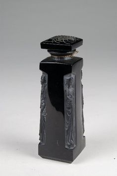 72: Lalique Blk Perfume Bottle Dorsey : Lot 72