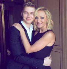 Сын Кристины Орбакайте уезжает из России https://rusevik.ru/news/357547