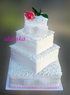 DORTY A SLADKOSTI aneb PEČEME S LÁSKOU - Fotoalbum - -MOJE PEČENÍ- - MOJE DORTY - My cakes - svatební dort s vlnkami a růží