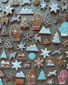 these cookies by @p13ra are inspiring! mountain cookie cutters - where are you? ❄️⭐️