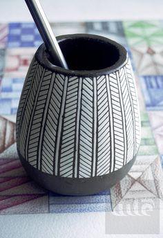 Ceramic Mate cup ceramic mug for mate tea. Hand made by kitakarta