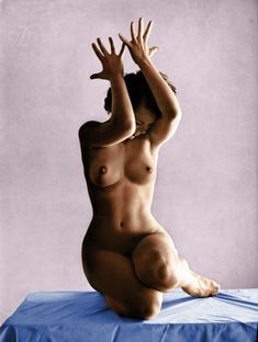 """""""Unknown nude in the studio, photography by Andre de Dienes """""""