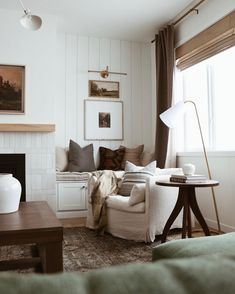 Home Living Room, Apartment Living, Living Area, Living Room Decor, Living Spaces, Cottage Interiors, Living Room Inspiration, Home Fashion, House Rooms