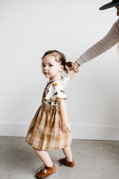 This pinafore is perfectly simple. Its perfect for rolling in the grass or going to farmer's markets. Its so good for spring and summer! The possibilities of styling this piece are endless. The plaid