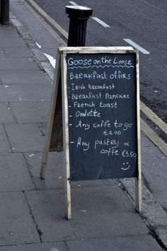 Goose On The Loose. A lovely little review of this new breakfast, sandwich and lunch bar on Kevin Street in Dublin. Click the image and go through to the full review on our blog.