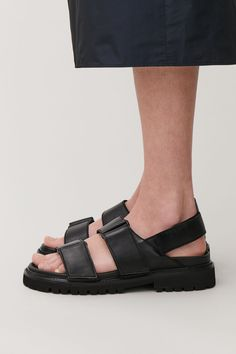 CHUNKY LEATHER SANDALS - Black - Shoes - COS