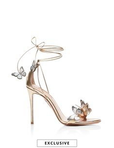 AQUAZZURA - Papillon Sandal 105 - JUNGLE GREEN - SUEDE LEATHER Fancy Shoes, Pretty Shoes, Beautiful Shoes, Cute Shoes, Me Too Shoes, Gorgeous Women, Mid Heel Sandals, Shoes Heels, High Heels Sandals