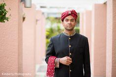 pakistani groom fashion http://www.maharaniweddings.com/gallery/photo/68119 @kimberlyromano