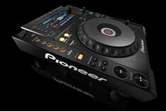 Pioneer apresenta o novo leitor CDJ-900NXS