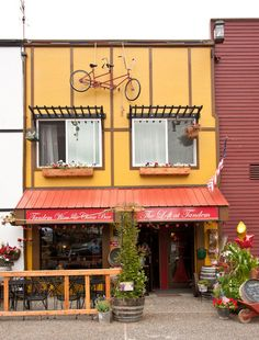 Tandem Wine and Cheese Bar (cute, and nice french vibe)