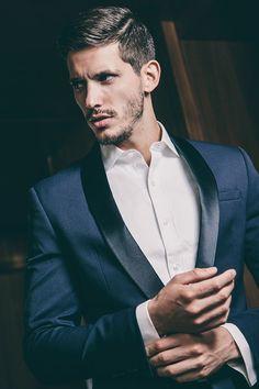 The Dapper Gentleman Dapper Gentleman, Gentleman Style, Fashion Moda, Mens Fashion, Fashion Suits, Fashion Styles, Guy Fashion, Fashion Updates, Fashion Ideas
