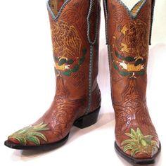 """Viva Mexico"" #cotwm #instafashion #instagood #styleinspiration #fashion #shoelover #boots #style #styleguide #styleicon"