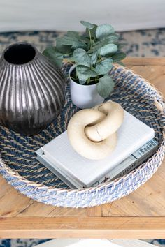 The Basics of Coffee Table Styling - Shades of Blue Interiors Coffee Table Styling, Decorating Coffee Tables, Cabin Decorating, Coffee And End Tables, Round Coffee Table, Living Room Candles, Blue Interiors, Small Potted Plants, Square Tray