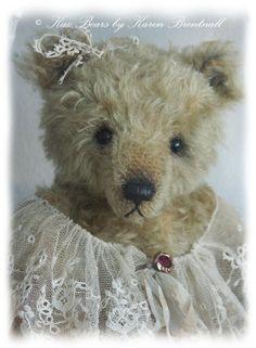 Kaz Bears : Quality mohair bears designed and created by Karen Brentnall