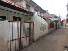 Rumah Mungil Sangat Strategis di Tebet, Kebon Baru Jl. X. Bebas banjir, cukup jalan kaki ke MT. Haryono