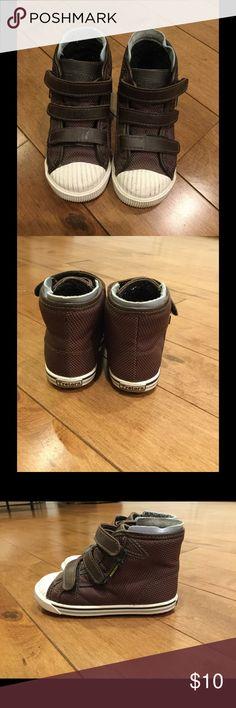Tretorn kids/toddler boots Lightly worn Tretorn kids/toddler high top boots (fleece inside).  US toddler Size 9.5 Tretorn Shoes Boots