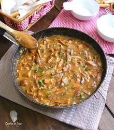 Níscalos o Rovellones en salsa.