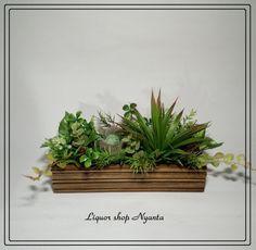 『fantasy forest』木箱にたくさんのフェイクグリーンをおしゃれに詰め込んでみました♪キッチンカウンターや窓辺にもピッタリです。○日当たりの良く... Indoor Garden, Indoor Plants, Fantasy Forest, Flower Art, Make It Simple, Flower Arrangements, Succulents, Display, Creema