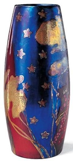 Not only is the Zsolnay Porcelain works in Pécs famous for it's amazing quality, but several significant artists worked there over the years too! József Rippl-Ronai was one of the country's most famous painters, and designed this vase in 1904