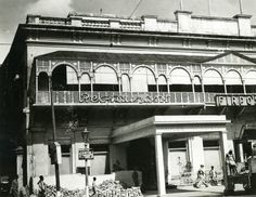 Firpo's Restaurant in Chowringhee Indian Architecture, Rare Pictures, Old Ads, India Travel, Kolkata, Old Photos, Past, Street, City