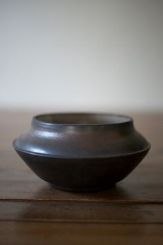 small-gold-vasebowl