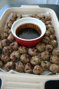 Paleo Cranberry Kale Turkey Meatballs // Naturally Lindsey.
