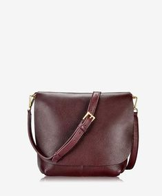 Andie Crossbody In Bordeaux Napa Luxe by Gigi New York Minimalist Bag, Minimalist Living, Branded Bags, Oxblood, You Bag, Bordeaux, Lip Gloss, Crossbody Bag, New York