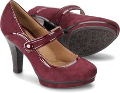 Sofft Mansi platform mary jane in bordo seude... apparently it's too hard to spell 'Bordeaux'? Anyway, adorable.
