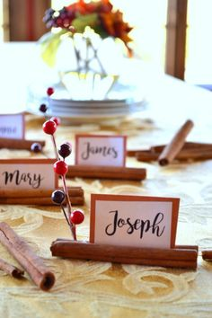 Stick Place Cards Cinnamon Stick Place Cards - such a cute and easy idea for hosting Thanksgiving or Christmas Parties!Cinnamon Stick Place Cards - such a cute and easy idea for hosting Thanksgiving or Christmas Parties! Thanksgiving Name Cards, Christmas Place Cards, Hosting Thanksgiving, Thanksgiving Tablescapes, Thanksgiving Parties, Thanksgiving Crafts, Thanksgiving Decorations, Holiday Parties, Christmas Time