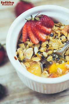 Breakfast Fruit Crumble (Master Recipe) -  By @fofoko.com