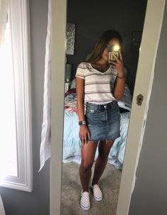 Cute outfits for teens, fall outfits, high school outfits, spring school outfits, Teenage Outfits, Cute Outfits For School, Teen Fashion Outfits, Cute Casual Outfits, Mode Outfits, Fashion Models, Freshman High School Outfits, Best Outfits, Cute Outfits With Skirts
