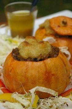 Mini abóbora recheada com risoto 4 funghi e Mandiokejo