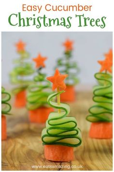 These easy cucumber Christmas trees have just 2 simple ingredients and make great fun and healthy Christmas party food for kids! Fun and Healthy Christmas Party Food for Kids - Easy Cucumber Christmas Trees recipe Healthy Christmas Party Food, Christmas Tree Food, Christmas Snacks, Xmas Food, Christmas Appetizers, Appetizers For Party, Christmas Holiday, Christmas Tea Party, Christmas Crafts