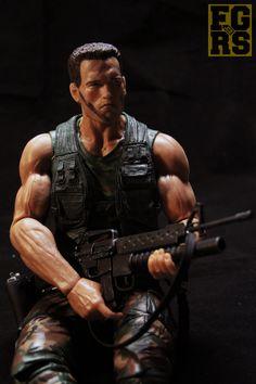 46 cm vysoká akční figurka Dutche (Arnold Schwarzenegger - Predator)