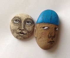 Original-painting-outsider-art-primitive-stone-face-folk-Man-in-the-moon-rock