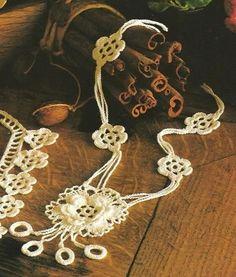 3 Patrones Crochet Colgantes Patron Crochet, Crochet Sandals, Crochet Collar, Owl Patterns, Magic Ring, Bare Foot Sandals, Color Change, Tatting, Washer Necklace